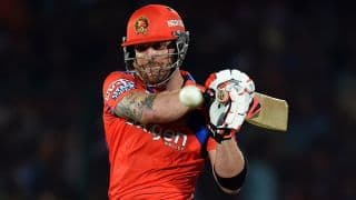 Brendon McCullum dismissed for 32 by Bipul Sharma against SRH in IPL 2016 Playoffs