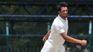 Karnataka bowl out J&K for 192, take first-inning lead