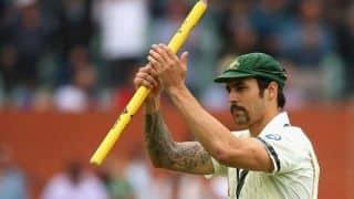 VIDEO: Mitchell Johnson given lap of honour following India vs Australia 2015-16, 1st ODI at Perth