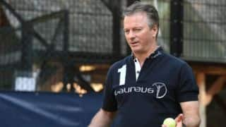 Steve Waugh: Senior cricketers should promote Test cricket