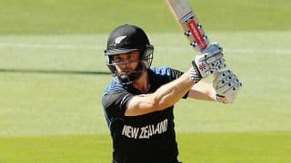 New Zealand look to settle following Brendon McCullum's dismissal against Australia in ICC Cricket World Cup 2015 final