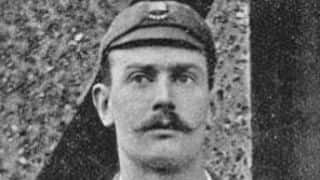 Charles Kortright's response: one could not have batted against both Larwood and me
