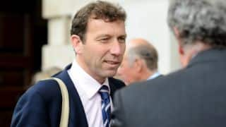 Michael Atherton says 'premeditated' nature of Australia's ball-tampering different from his 'dirt in pocket' affair