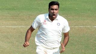मौजूदा सीरीज में इस कारनामे को अंजाम देने वाले एकमात्र गेंदबाज हैं आर अश्विन
