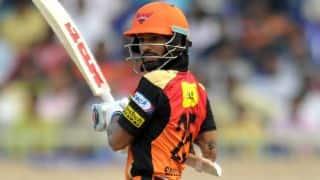 Shikhar Dhawan dismissed for 33 by Ravichandran Ashwin against RPS in IPL 2016