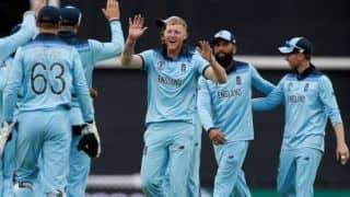 स्टोक्स ने हवाई छलांग लगाकर पकड़ा कैच, अफ्रीकी बल्लेबाज रह गया हैरान