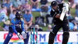 2nd ODI: Taylor, Munro, Neesham fire New Zealand to 319 against Sri Lanka
