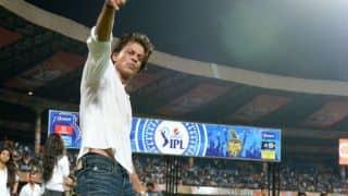 Shah Rukh Khan to arrive late for KKR's IPL 2014 title triumph celebrations