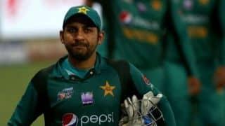 विश्व कप : मजबूत इंग्लैंड के खिलाफ वापसी करना चाहेगी पाकिस्तान