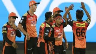 सनराइजर्स हैदराबाद के गेंदबाजों से नकल बॉल करना सीखें कोलकाता के तेज गेंदबाज: दिनेश कार्तिक