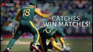 Video: Quinton de Kock's amazing catch in South Africa vs Sri Lanka ICC Cricket World Cup 2015 Quarter-Final match