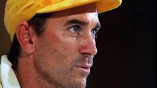 Justin Langer breaks two world records for charity