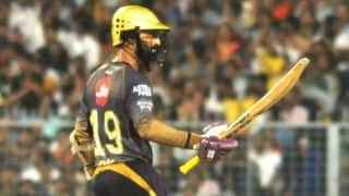 IPL 2019: Dinesh karthik hits Fifty, Kolkata sets 176 runs target for Rajasthan