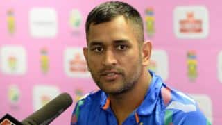 MS Dhoni praises Sachin Tendulkar for winning Bharat Ratna