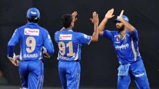 KXIP lose Glenn Maxwell for cheap against Rajasthan Royals in IPL 2015 match 3
