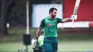 SA vs PAK: Fakhar Zaman played with bat gifted by Mohammad Hafiz in series against South Africa