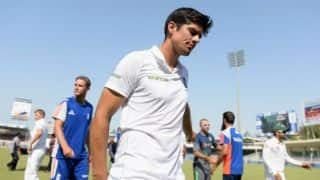 Alastair Cook signs 2-year contract extension with Essex