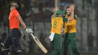 South Africa reach ICC World T20 2014 semi-finals with narrow 3-run win over England
