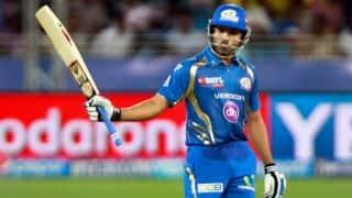 Rohit Sharma helps Mumbai Indians in run chase against Kings XI Punjab in IPL 2014