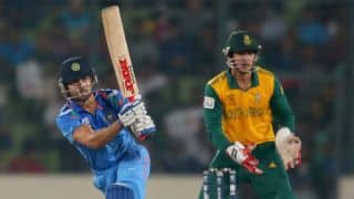 Virat Kohli, Yuvraj Singh guide India in run-chase