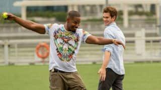 Spider-Man stars Jamie Foxx, Andrew Garfield play cricket
