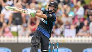 New Zealand comfortably beat Pakistan by 70 runs despite Mitchell McClenaghan injury