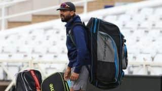 I don't see Murali Vijay getting a game in Australia: Virender Sehwag