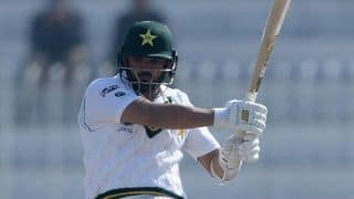 Pune Cricket Museum Buys Pakistan Test Captain Azhar Ali's Bat to Raise Funds For Those Affected by Coronavirus Pandemic