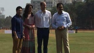 Sachin Tendulkar plays cricket with Prince William and Kate Middleton