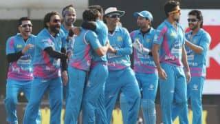 Live Streaming: CCL 2015 Mumbai Heroes vs Chennai Rhinos