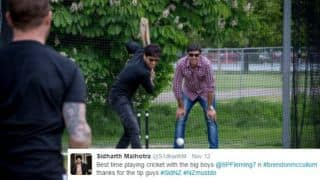 Watch actor Sidharth Malhotra play cricket with Stephen Fleming and Brendon McCullum