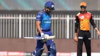 रोहित शर्मा ने किया खुलासा, मैच के दौरान वो गेंदबाजों की रणनीति पर करते हैं काम