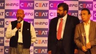 Syed Kirmani wins CEAT Lifetime Achievement award