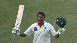 Younis Khan 4th Pakistani to score 3 consecutive 100s