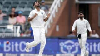 South Africa need 172 to whitewash India, at Johannesburg