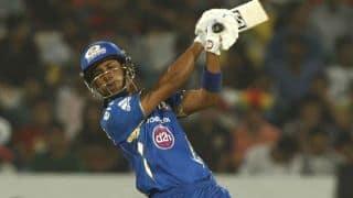 Lendl Simmons dismissed against Delhi Daredevils in IPL 2015