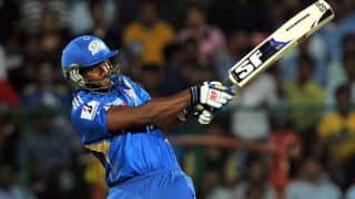 Dwayne Smith pulls off stunning heist for Mumbai Indians against Chennai Super Kings in IPL 2012