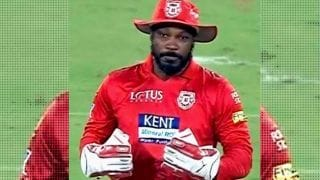 IPL 2018 : Chris Gayle keeps wickets for Punjab against Hyderabad
