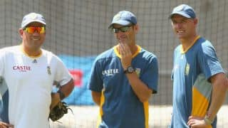Big Bash 2018: D'Arcy Short breaks Gary Kirsten's Jaw during training