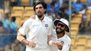 BCCI ने इशांत शर्मा और अश्विन को किया रणजी ट्रॉफी में खेलने से मना