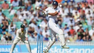 Ashes 2015: Alastair Cook leads fightback against Australia in 5th Test