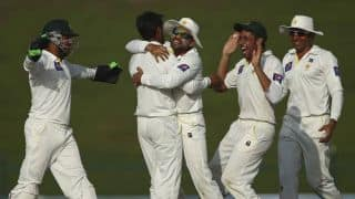 Pakistan get three wickets against New Zealand
