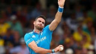 Pakistan vs England, ICC Cricket World Cup 2015, 11th warm-up match: Pakistan lose 2 wickets