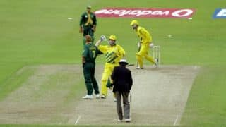 World Cup 1999: Herschelle Gibbs drops the Cup