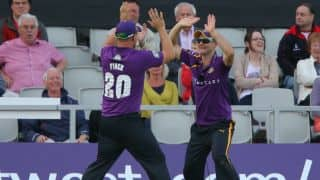 Lyth, Finch team up for a spectacular catch