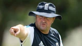 Standard of England cricket exposed in Ashes, says Paul Farbrace