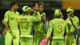 Pakistan win toss and elect to bat against Australia in ICC Cricket World Cup 2015 quarter-final