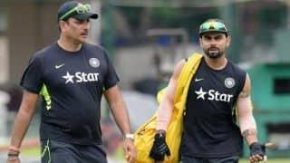 टीम इंडिया को डे-नाइट टेस्ट मैच खेलने के लिए और समय चाहिए: रवि शास्त्री