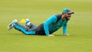 Injured shoulder still bothering Glenn Maxwell