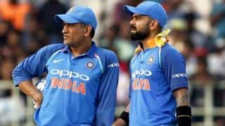 MS Dhoni's poor form a worry for team India